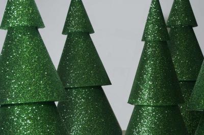 glitter-tree-cones-01